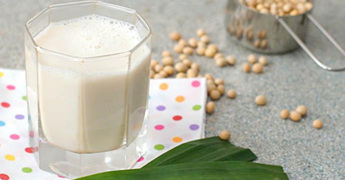 sữa đậu nành lá dứa