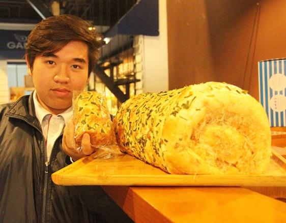 bánh 2,1 kg