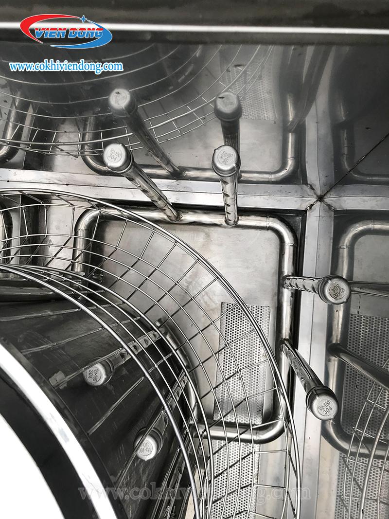 Hệ thống vòi phun máy rửa khay công nghiệp
