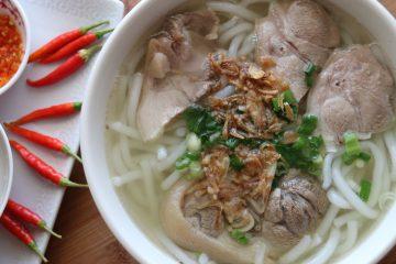Cách nấu phở gà truyền thống theo hương vị của người Hà Nội
